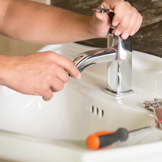 As your experienced bathroom plumbers in North Tonawanda, our team can fix or install new faucets and fixtures.